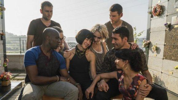 TOP 10 SERIES QUE NO TE PUEDES PERDER (Netflix, Prime y HBO) - Sense 8