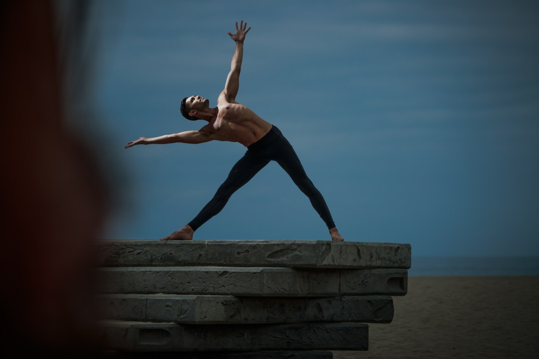 Yoga Salutation. 1 speedlight and a talented Yogi combined with different editing lead to one of my favorite fitness sessions of the year. Michael at Venice Beach.
