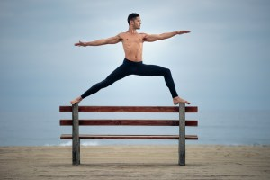 Venice Beach Yoga: One Speedlight