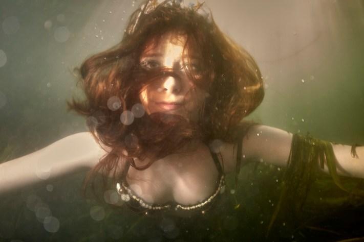Underwater Mermaid Senior Photos - Creative Portraits - Austin Senior Portrait Photographers