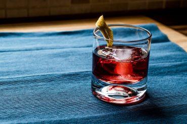 Cesar y Lion Cocktail