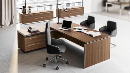 Vasta scelta di arredamenti, sedute e complementi d'arredo per l'ufficio. Mobili Ufficio Direzionali Padova