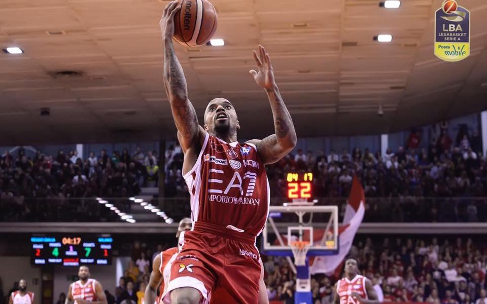 Basket Serie A1: Milano corsara a Reggio.