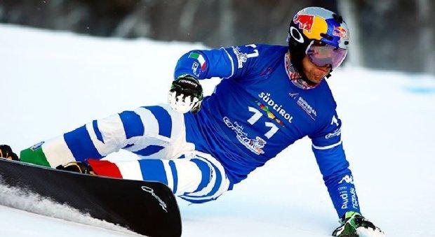 Roland Fischnaller in azione nella gara di parallelo a Cortina d'Ampezzo