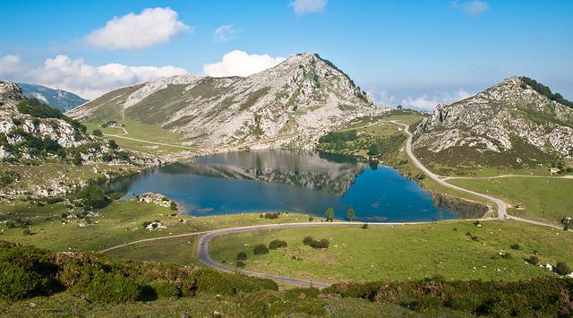 Il suggestivo scenario dei Lagos de Covadonga