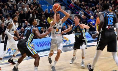 Basket Serie A1: Trento vince e convince a Cremona