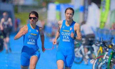 paratriathlon world series 2020 devonport anna barbaro charlotte bonin prima italia italy triathlon paralimpico paralympics categoria PTVI femminile australia guida world paratriathlon series