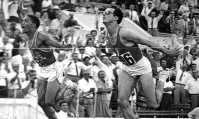 atletica livio berruti traguardo oro olimpico roma 60 atletica leggera athletics 200 metri 200 meters gold olympics Rome 1960 traguardo giochi olimpici Roma 1960