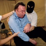 Hitchens gets waterboarded
