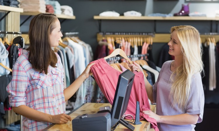 Vous êtes passionné par l univers de la mode et le monde des affaires, et  vous avez comme projet à court terme l ouverture de votre propre boutique  de mode. f1a2f249b57