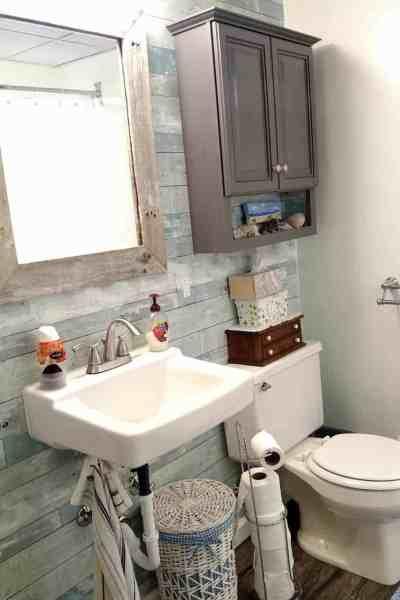 Farmhouse and Beach Style Bathroom