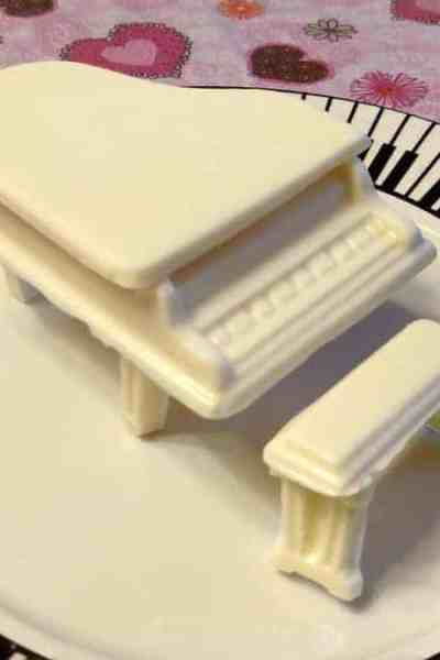Custom Chocolates for Music and Piano Lovers