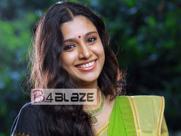 Samyuktha Varma HD Photo