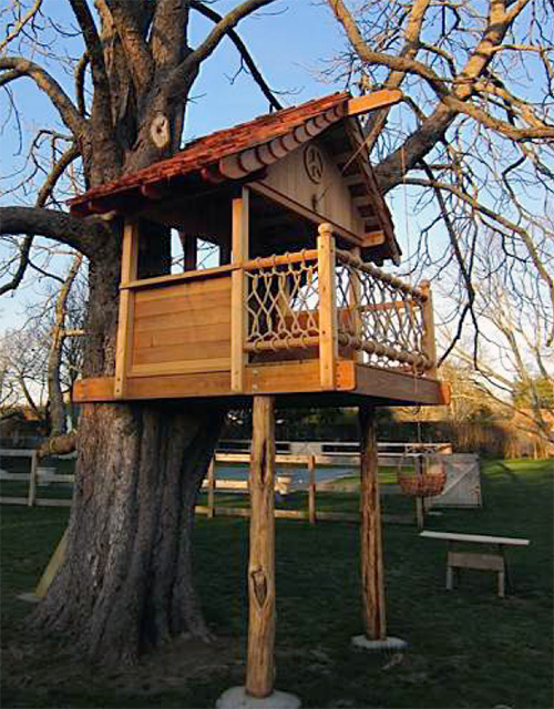 Treehouse With Deck B4ubuild