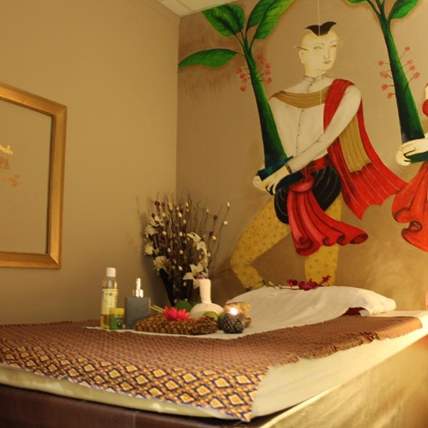thai massage room hull