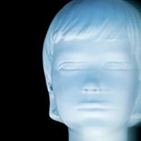 El mito del niño blanco