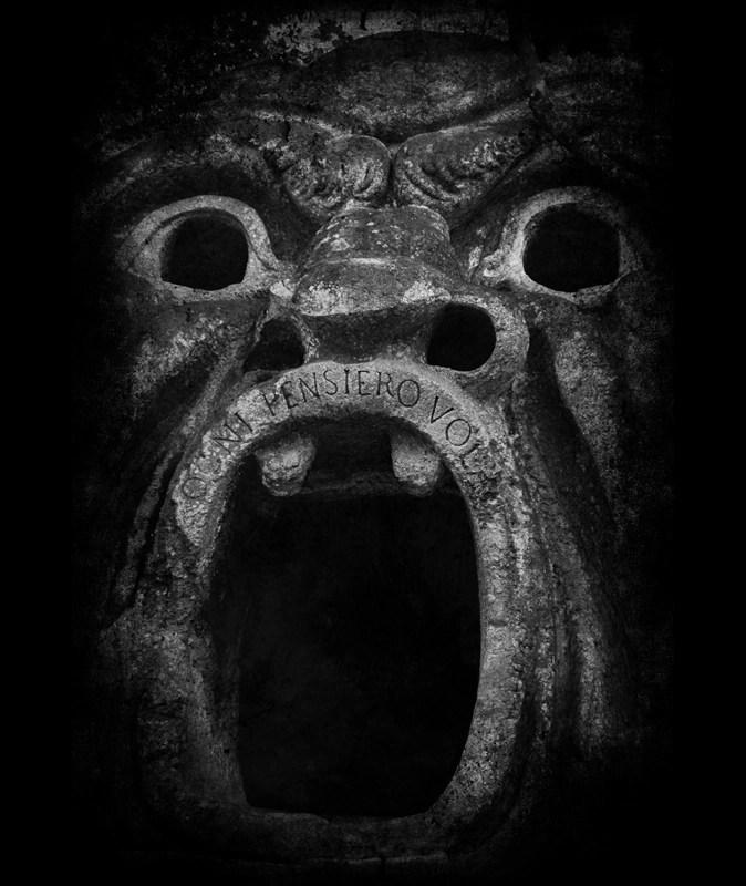 Bomarzo boca © Eva Contreras