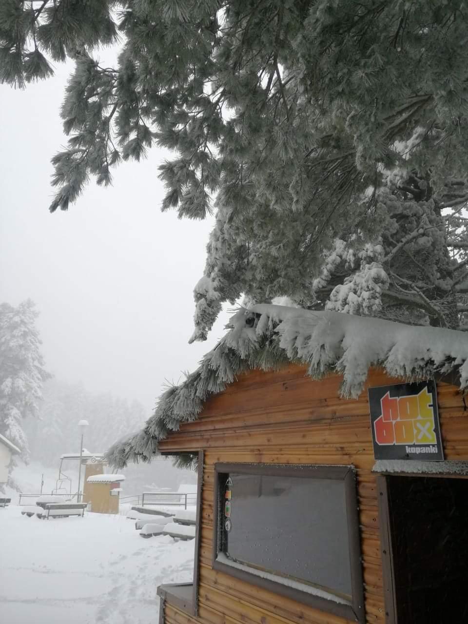 27 сантиметри снежна покривка денес го покри Копанки