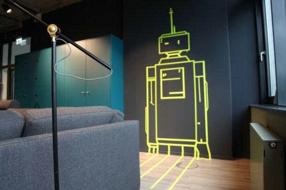 Dummy Tape Art Roboter, Vinci Energies Digitalschmiede, Digitalspace, Frankfurt 2018