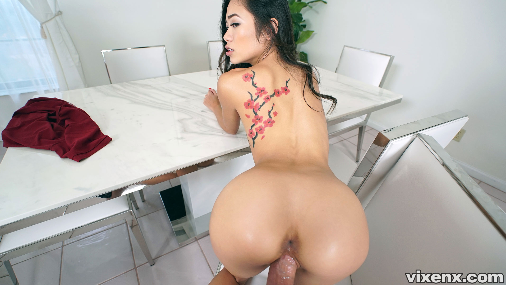 Property Sex Petite Asian Real Estate Agent Takes Big Cock