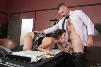 An Exotic And Erotic Student Lasirena69