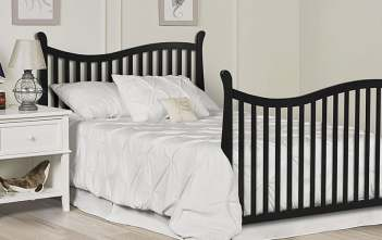 10 Best Convertible Cribs in 2017 - Safest Cribs on the Market