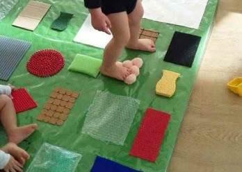 creer un tapis sensoriel activite