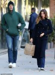 Gisele Bundchen and Tom Brady 's shopping style in New York