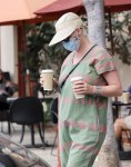 Katy Perry spotted for the first time since she welcomed daughter, Daisy
