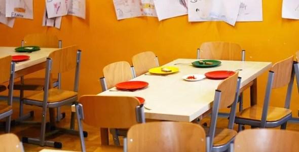 Kakšen je primeren stol za šolarja