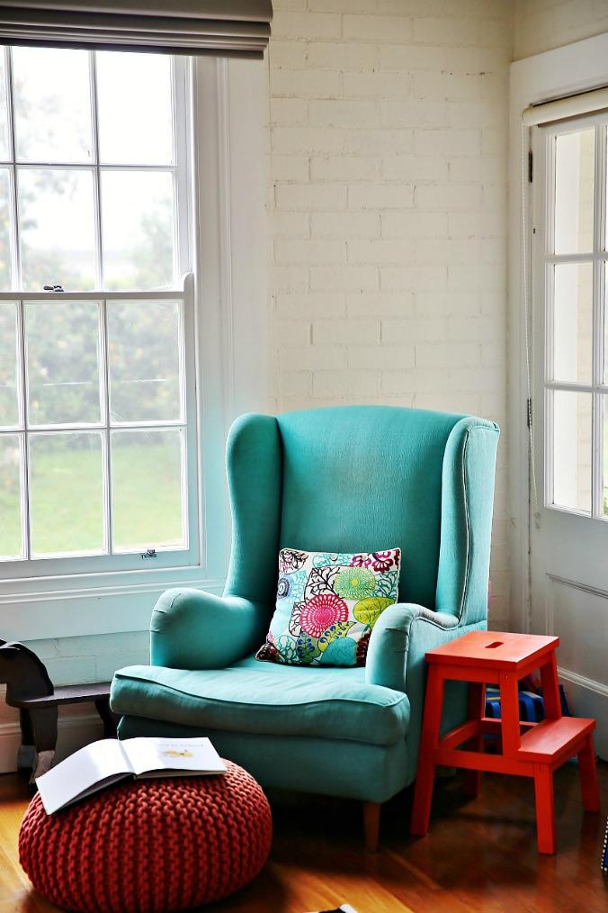 20130719-16-babymac-blog-house-blue-chair