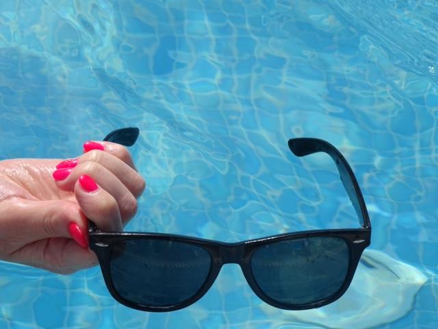De zoektocht naar een goed(e)(kope) zonnebril