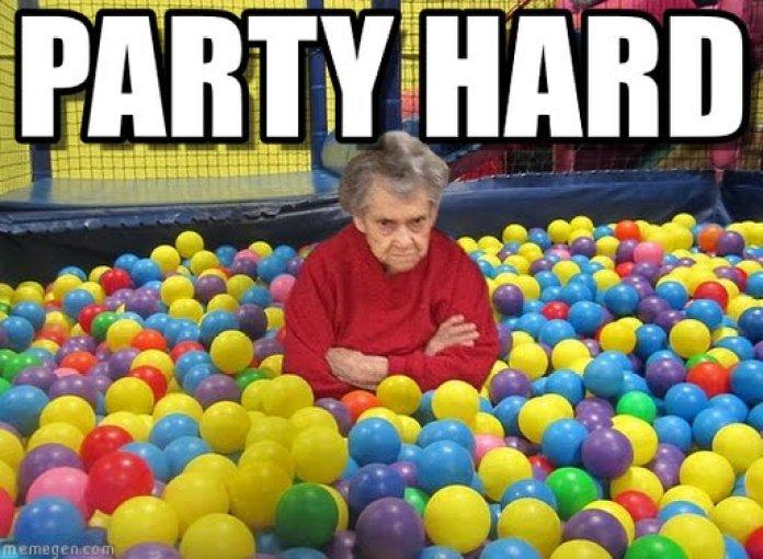 Inviti per il compleanno del bambino - l'etiquette - nonna festa