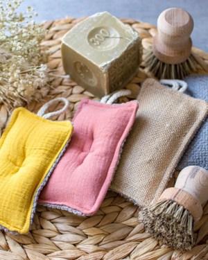 éponge-écologiques-lavables-compostables-artisanale-maison-vaisselle-récurer-fait-main