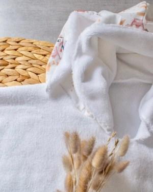 poncho-cape-de-bain-plage-piscine-bébé-enfant-fait-main-création-artisanale-française