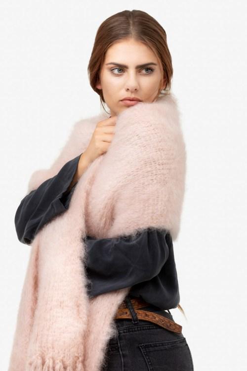 Model-Snuggle-Blush