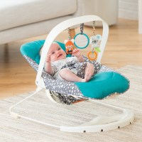 Welcoming spring in with the New Infantino bouncer/activity seat