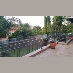 3mm-clear-polycarbonate-south-africa-childproofing-outdoor-balcony