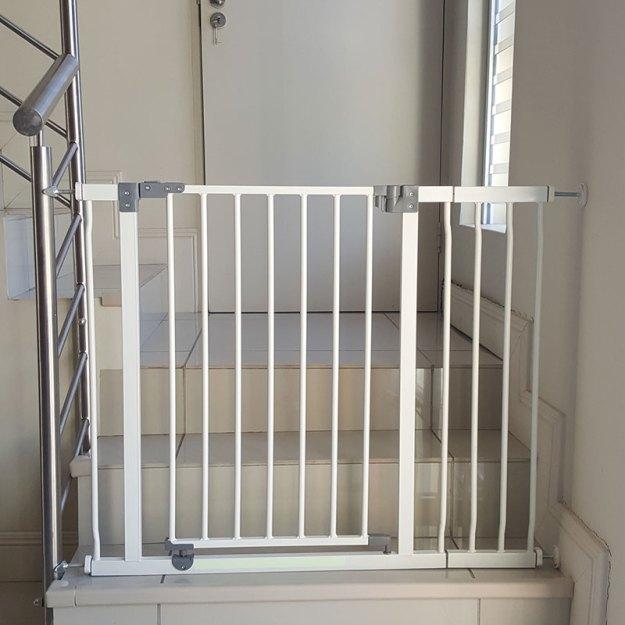 dreambaby-standard-gate-plus-18cm-extension-and-balustrade-adaptors