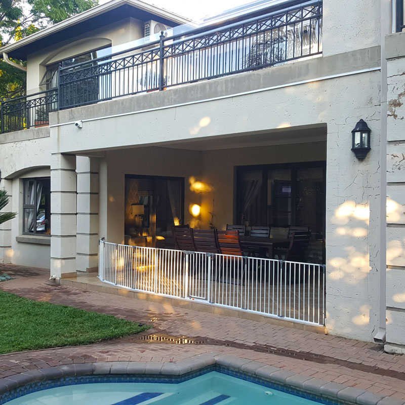 dreambaby-royale-converta-extra-wide-barrier-gate-with-extensions-south-africa-1