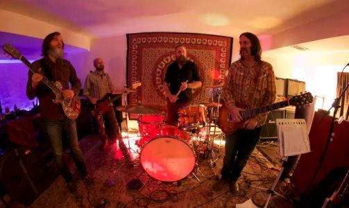 """The Pinx new video for """"Southern Gentlemen"""" premieres on Bloody-Disgusting"""