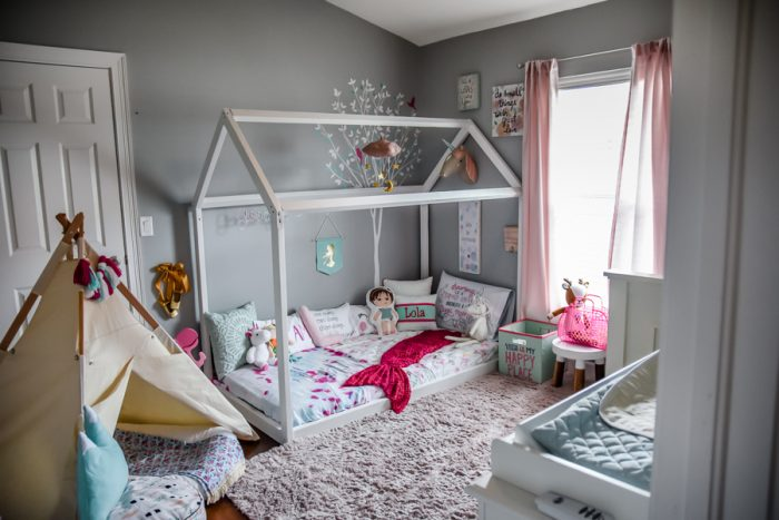 why we chose a montessori style bedroom for our toddlers | the