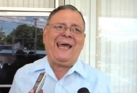 Tío Pedro Reyes, ya que anda buscando diputados, aquí hay 8 razones para escogerme a mi