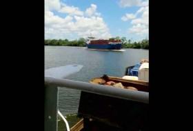 El video del choque de 2 barcos en El Rama (y qué pasó después)