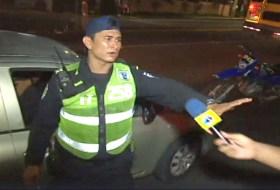 El video del policía bien bolo que filmó el Canal 10 y que quebrará Internet