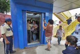 Los ascensores del Puente de Rubenia no son Anti-jinchos