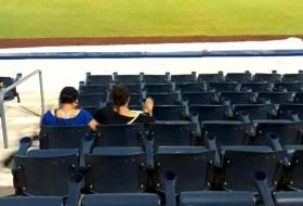 Alguien subió el pie a una silla del estadio nuevo y Nicaragua explotó de furia