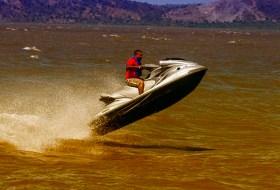 ¿Te atreves a pasear por el Lago de Managua en Jet Ski? Hay algo que tenes que saber …