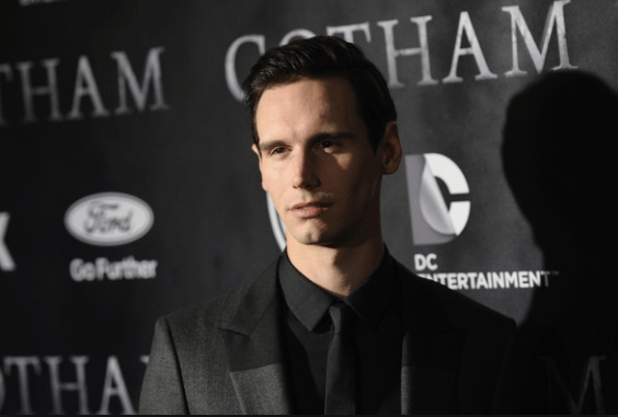 Gotham Actor Cory Michael Smith, (Edward Nygma, aka The Riddler) Comes Out As Gay