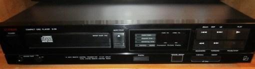 Luxman D-90 CD